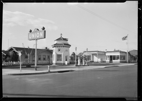 Service station, Beverly Boulevard and North St. Andrews Place, Los Angeles, CA, 1931