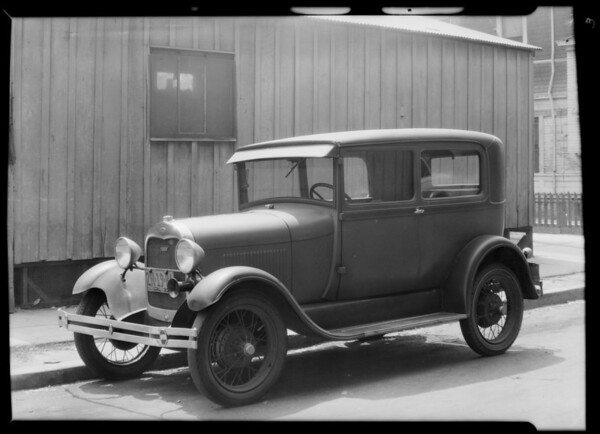 Ford coach to show no damage, owner J. Lockshin, Southern California, 1930