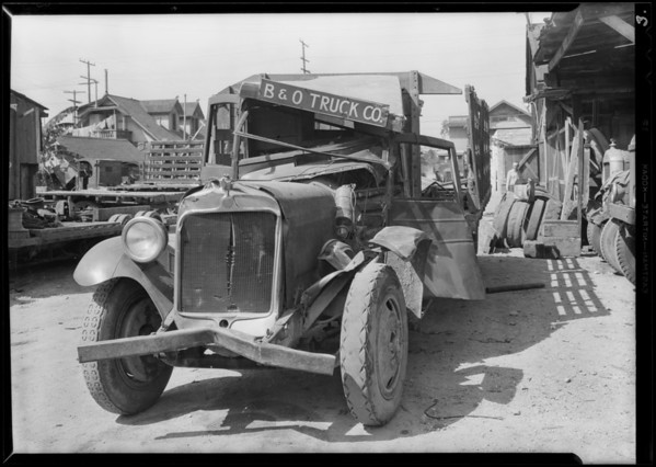 B & O Truck Co. truck at 1416 Griffith Avenue, Southern California, 1930
