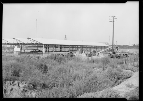 New airplane factory under construction, Southern California, 1929