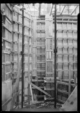 Scaffolding in Pellissier Building, Southern California, 1931
