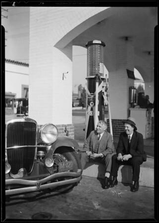 Harry Miller at Duesenberg, Southern California, 1930