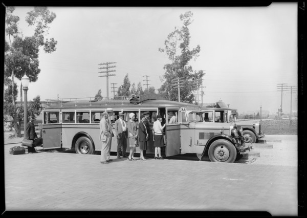 Union Pacific bus at Telegraph Road and South Atlantic Boulevard, Commerce, CA, 1929