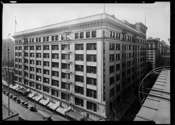 Broadway Department Store from roof of building on opposite corner, Los Angeles, CA, 1930