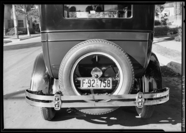 Standard bumpers on autos, Southern California, 1925
