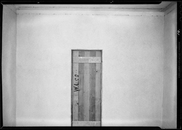 Tests in walls for cracks in plaster, Western Lathing Co., Southern California, 1931