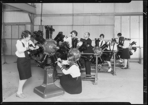 Publicity, motors & girls, Southern California, 1929