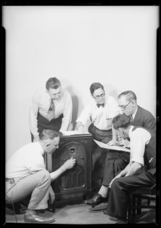 Fishing for DX at Music Trade Association, Majestic Radio, Southern California, 1931