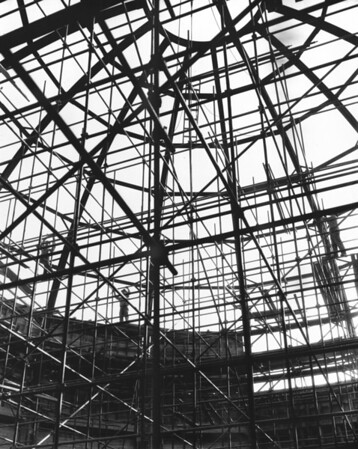 Building under construction with circular infrastructure