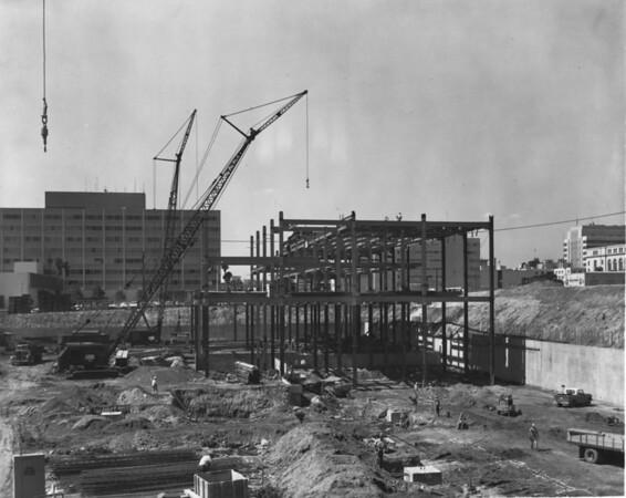 Building under construction, American Bridge Crane, south of Civic Center