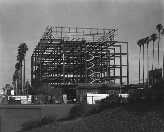 Building under construction by Turner Construction Company, Apex Steel