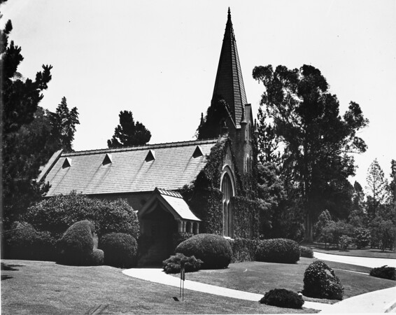 Side view of the Little Church of the Flowers in the Forest Lawn Memorial Park