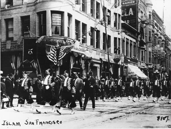 Shriner's parade -- Islam contingent of San Francisco