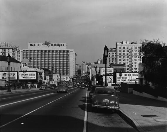 Looking east down Wilshire Boulevard towards Grand Street in Downtown Los Angeles