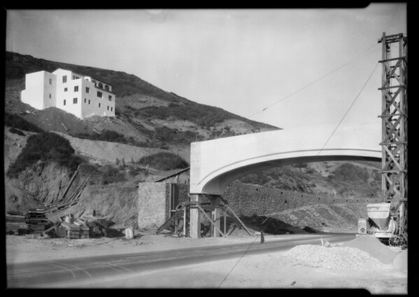 Castellammare tract, Miss Jackelyn Lee, Southern California, 1926