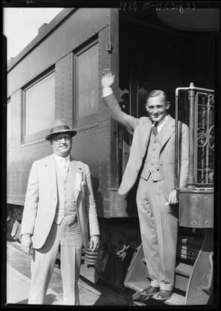 U.P. Depot, arrival of Van Elm golf champion, Southern California, 1926