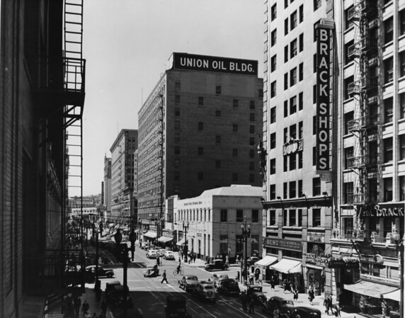 Looking west on Seventh Street toward the Brack Shops and Union Oil Buildings