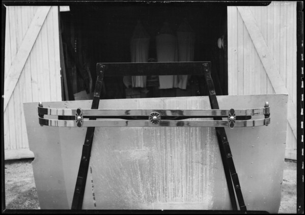Automobile bumpers, Southern California, 1926