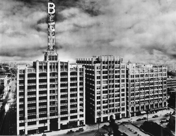 The Bendix Building at the corner of Eleventh Street and Maple Avenue, facing south