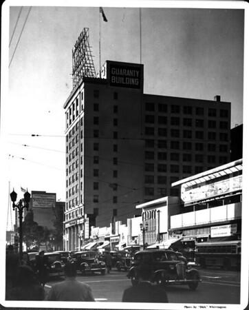 Looking west on Hollywood Boulevard toward Cahuenga Boulevard