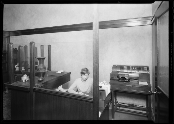 Shulan's Jewelry, National Cash Register, 6509 Hollywood Boulevard, Los Angeles, CA, 1930