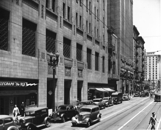 Spring Street, Looking north between Fourth Street and Fifth Street, Security First National Bank Building, Lissner Building, Bank of America, Rowan Building