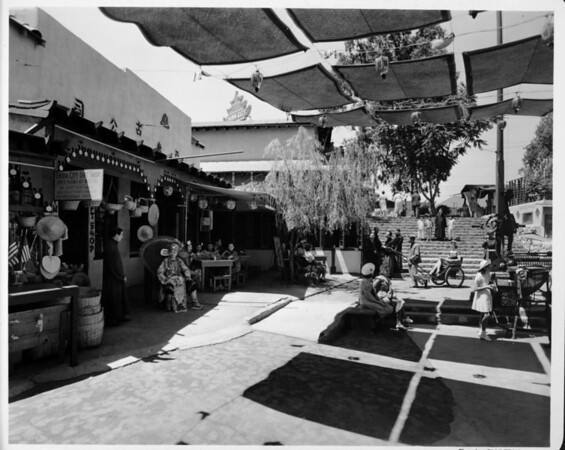 China City Gift shop, markets in Chinatown, Chinatown in 1948