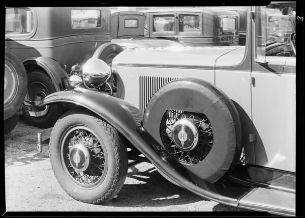 Tire covers, Southern California, 1930
