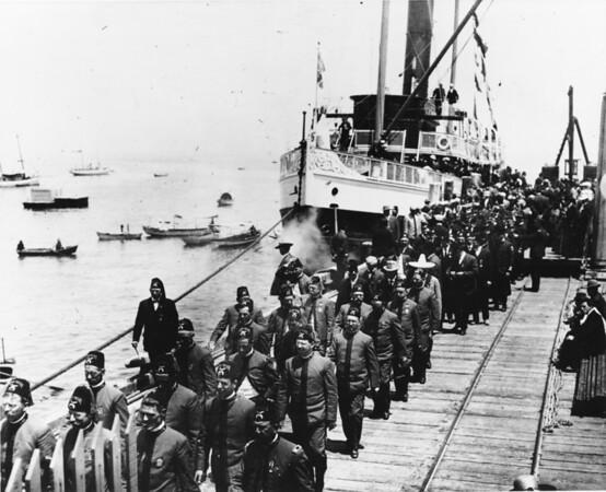 Shriners disembark Catalina Ferry at Avalon Bay