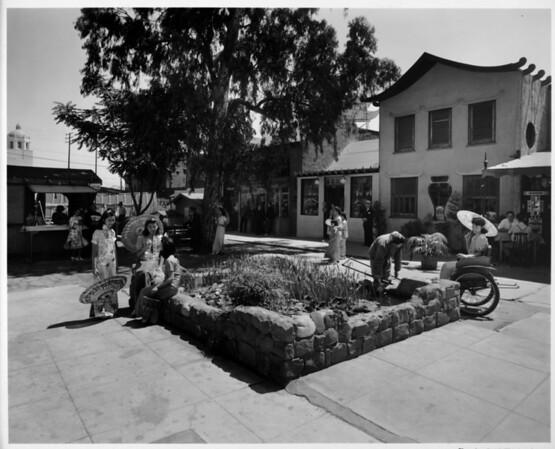 China City in 1948, ricsha ride