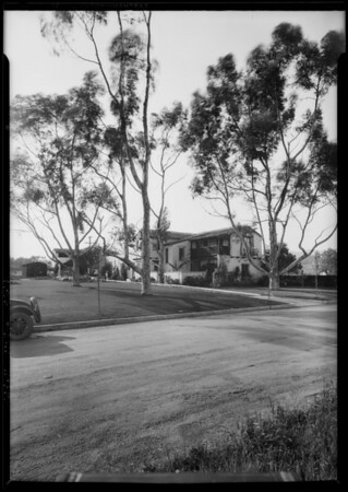 Houses in Brentwood Park district, Los Angeles, CA, 1927