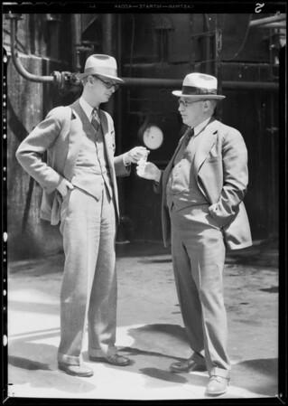 Richfield reports at Watson  refinery, Southern California, 1932