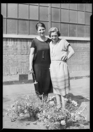 L.A. Creamery girls, Southern California, 1926