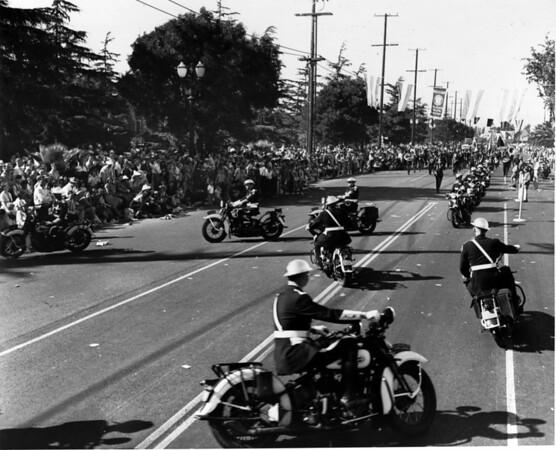American Legion parade, Long Beach, motorcycle formations