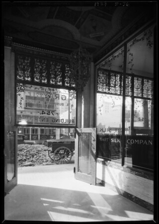 Scroll work on Grayco building, 754 South Los Angeles Street, Los Angeles, CA, 1927