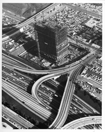 Aerial view of building under contruction at the Harbor Freeway and Fifth Street interchange