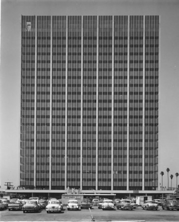 Photo of Traveler's Insurance Building on Wilshire Boulevard
