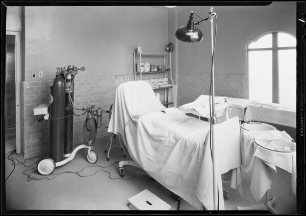 Surgical room at Hollywood hospital, Southern California, 1931