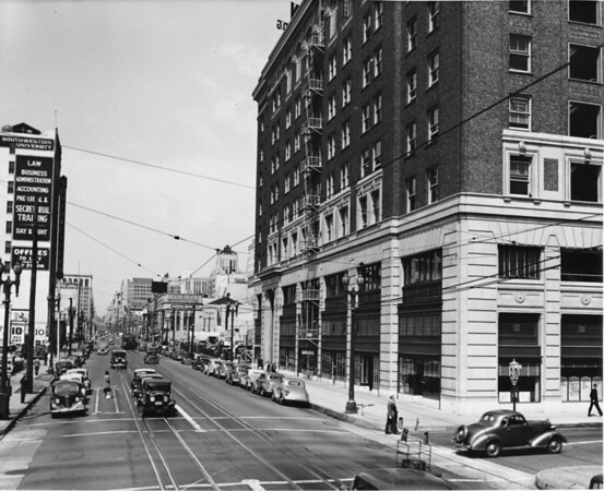 Facing north on South Hill Street at Twelfth Street, old Chamber of Commerce building, Southwestern University Law School, Belasco Theater
