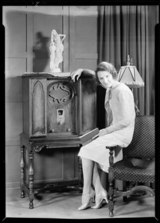 Mary Philbin and radio, Majestic Radio, Southern California, 1930