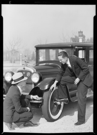 Nash owner and Dayton tires, Southern California, 1931