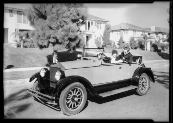 Margaret Livingstone and 'Elcar', Southern California, 1925