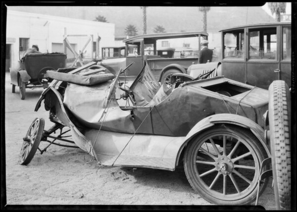 Ford wreck at Lincoln Heights jail, Southern California, 1926