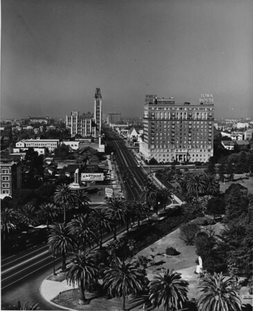 Aerial view of Wilshire Boulevard facing west from Lafayette Park