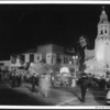 "An enormous crowd gathered around the Fox Carthay Circle Theatre during the premiere of ""Wee Willie Winkie"""