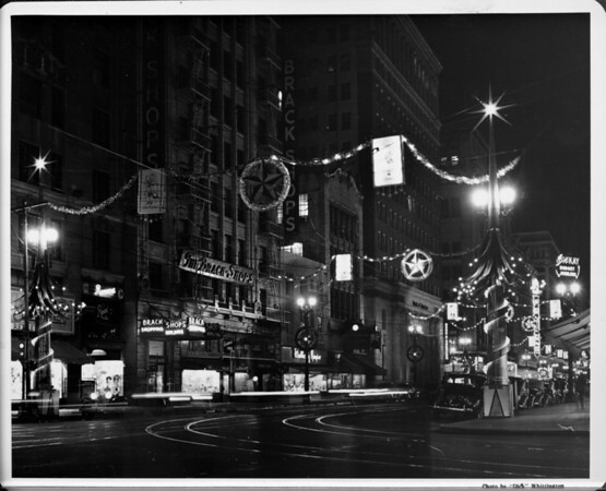 Los Angeles Christmas Lights, First National Bank, The Brack Shops