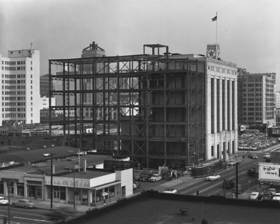 Building under construction, Republican headquarters, Texaco building, Broadway Building, garment center, Eastern Building