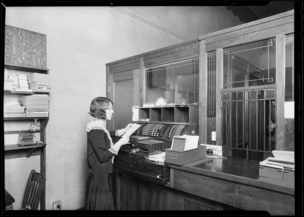 LeRoy Jewelry Co., 632 South Broadway, Los Angeles, CA, 1930