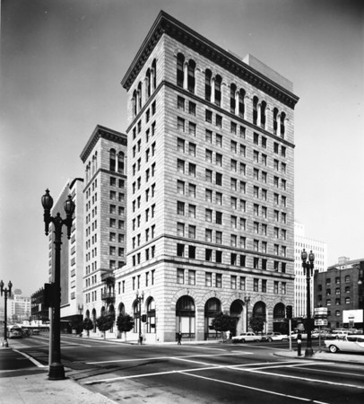 The old Pacific Indemnity Building at the southeast corner of Wilshire Boulevard and Hope Street