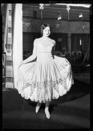 Fashion show at Mayfair, Southern California, 1927